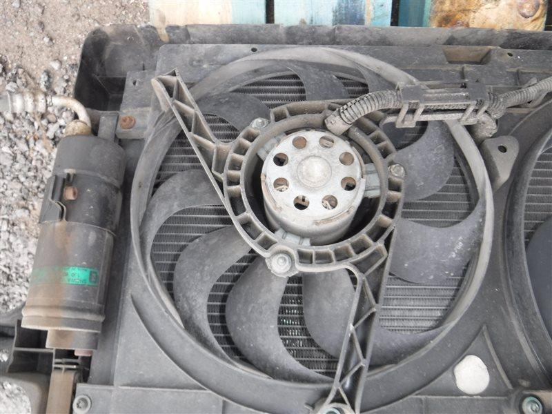 Вентилятор радиатора кондиционера Vw Golf 4 1J1 AKL 1999 передний правый