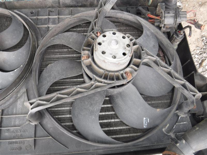 Вентилятор радиатора Vw Golf 4 1J1 AZD 2001 передний левый