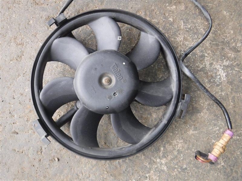 Вентилятор радиатора кондиционера Vw Passat B5 3B5 AHL 1999
