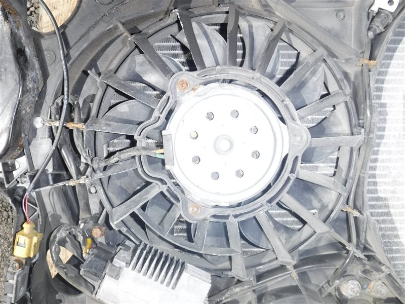 Вентилятор радиатора кондиционера Audi A4 B6 AVF 2003