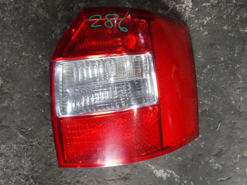 Фонарь задний Audi A4 B6 AWX 2003 задний правый