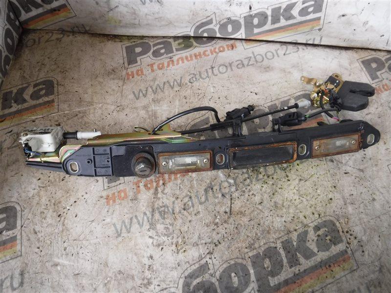 Ручка двери внешняя Vw Passat B5 3B6 AVB 1988 задняя