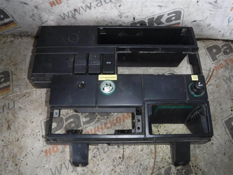 Центральная консоль Vw Transporter T4 7DB AAB 1992