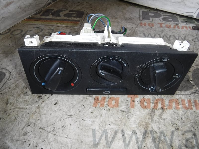 Блок управления отопителем Vw Golf 4 1J1 AXP 2001