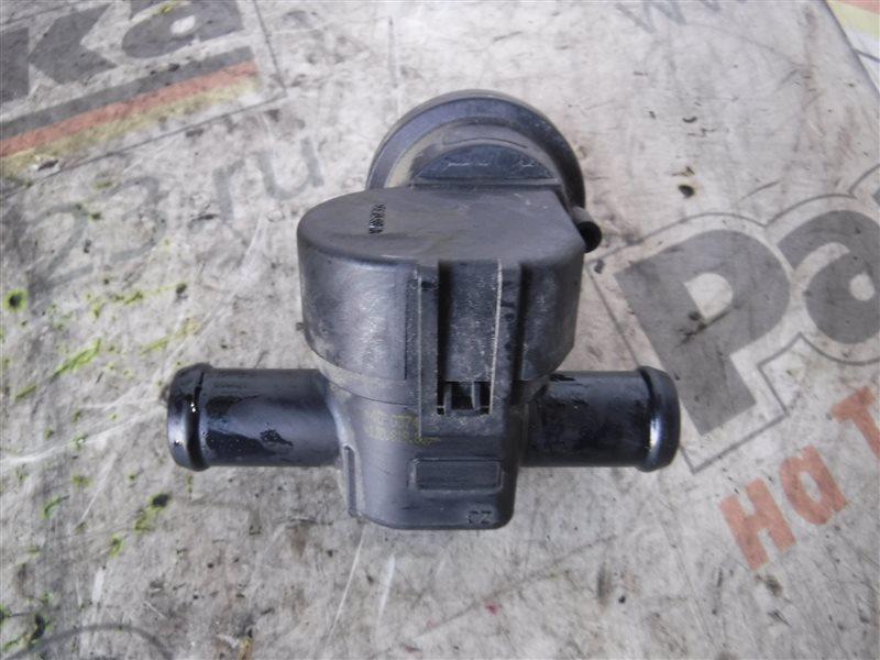 Клапан системы охлаждения Vw Crafter 2E0 CKUB 2012
