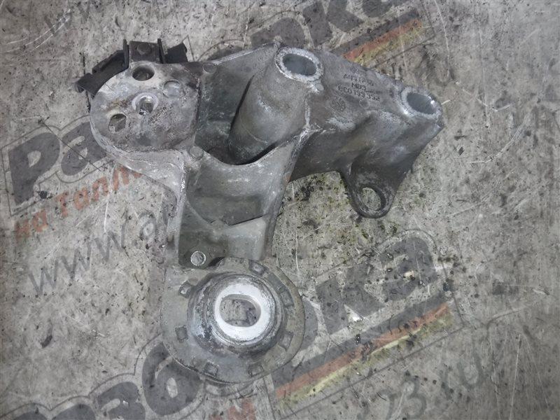 Кронштейн крепления двигателя Audi A4 B6 AVF 2003 передний правый