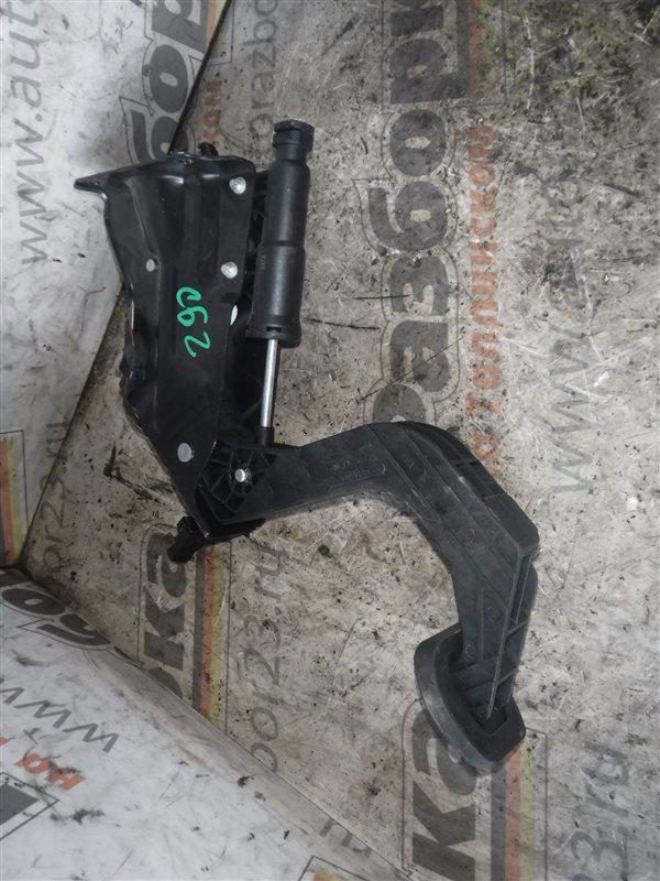 Педаль сцепления Vw Crafter 2E0 CKTC 2014