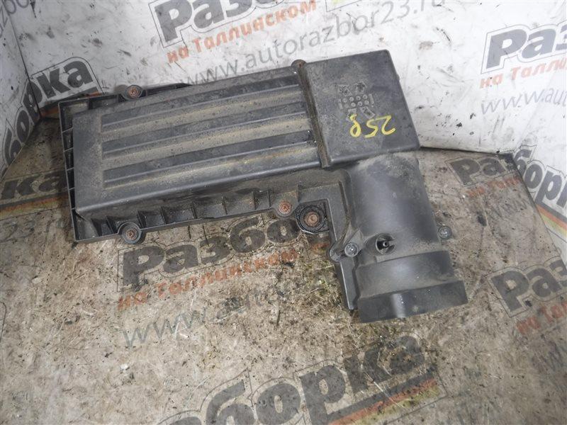 Корпус воздушного фильтра Vw Passat B6 3C5 BMP 2006