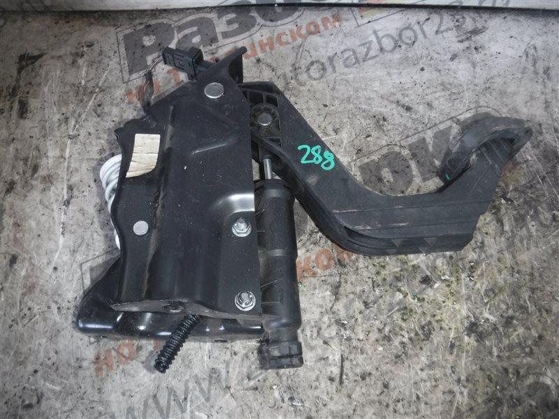 Педаль сцепления Vw Crafter 2E0 CKUB 2012