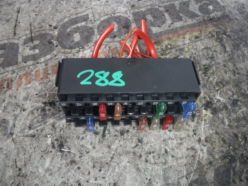 Блок предохранителей Vw Crafter 2E0 CKUB 2012