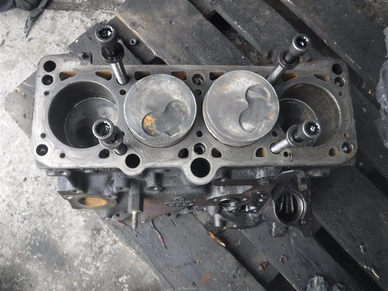 Блок цилиндров двигателя Vw Golf 3 1H1 AAZ 1994