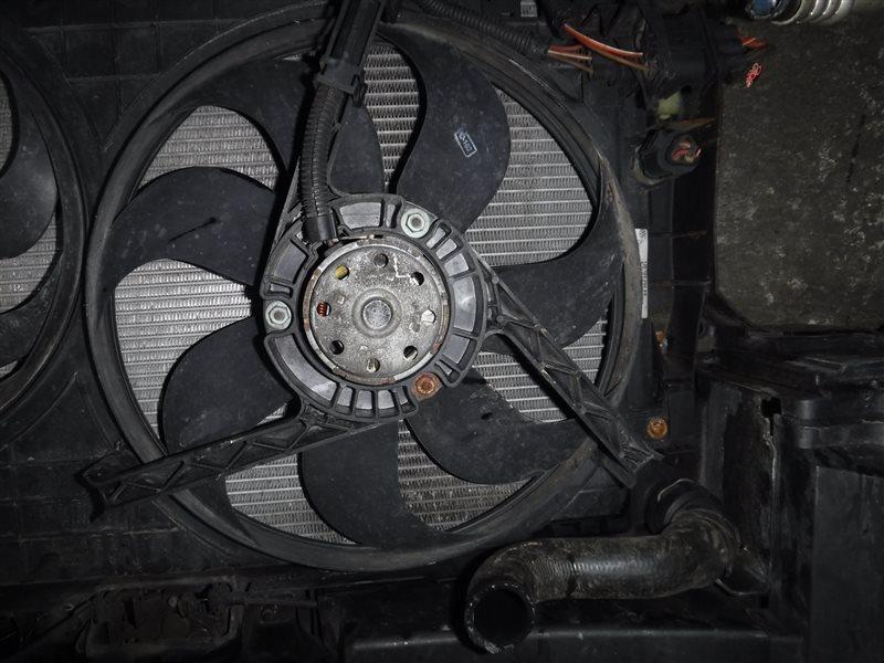 Вентилятор радиатора Vw Golf 4 1J1 ALH 2000 передний левый