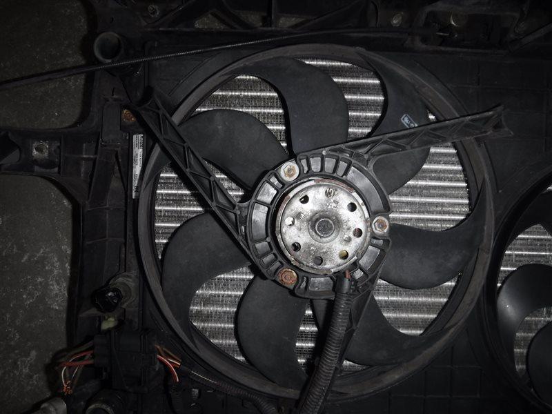 Вентилятор радиатора Vw Golf 4 1J1 BCA 2001 передний левый