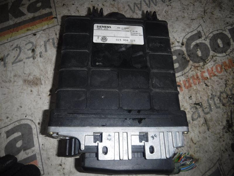 Блок управления двигателем эбу Vw Transporter T4 7DB AET 1998