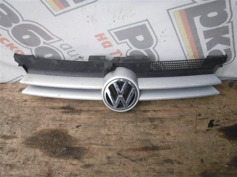 Решетка радиатора Vw Golf 4 1J1 AXP 1998 передняя