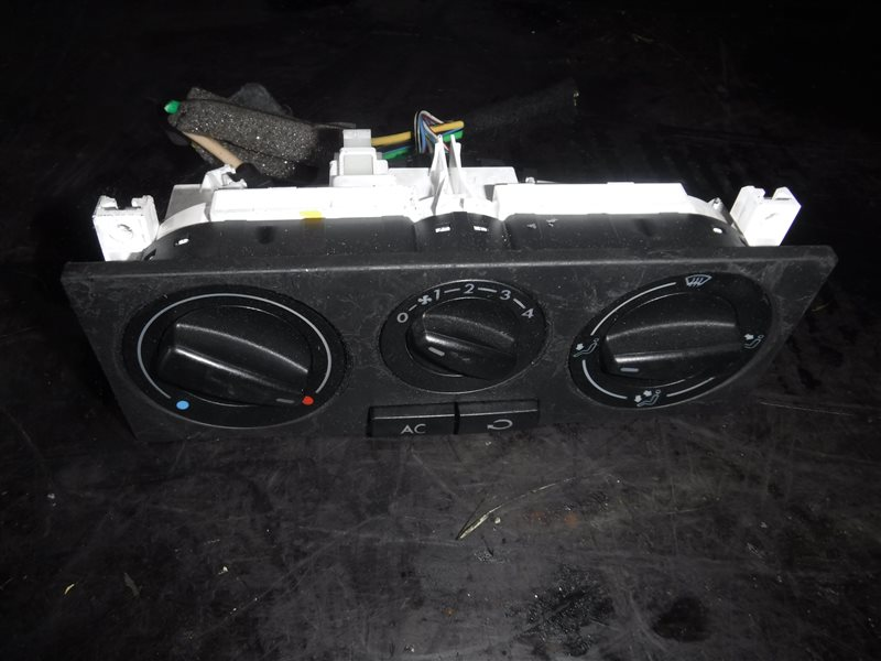 Блок управления отопителем Vw Golf 4 1J1 AKL 1998