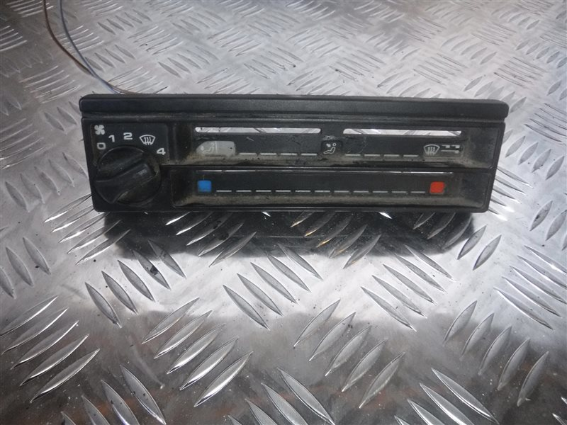 Блок управления отопителем Vw Transporter T4 7DB 1X 1991