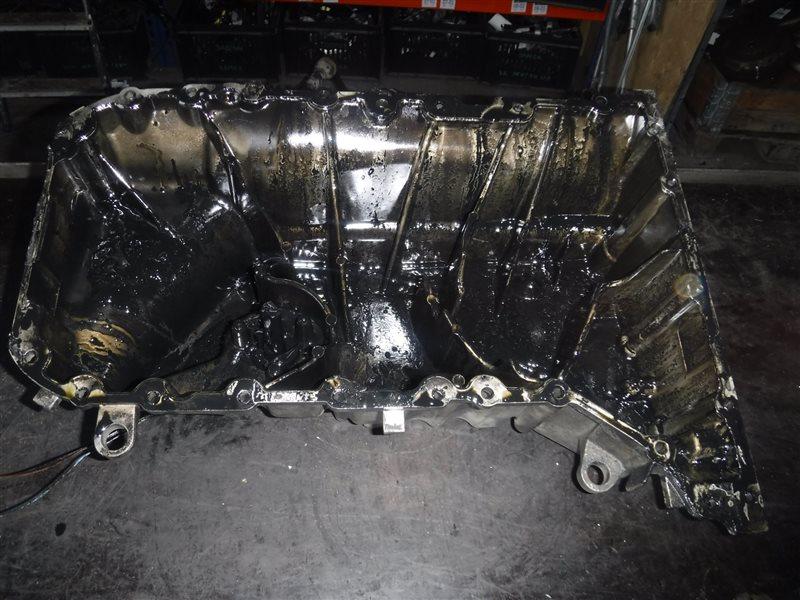 Поддон двигателя Vw Transporter T5 7HB AXD 2005