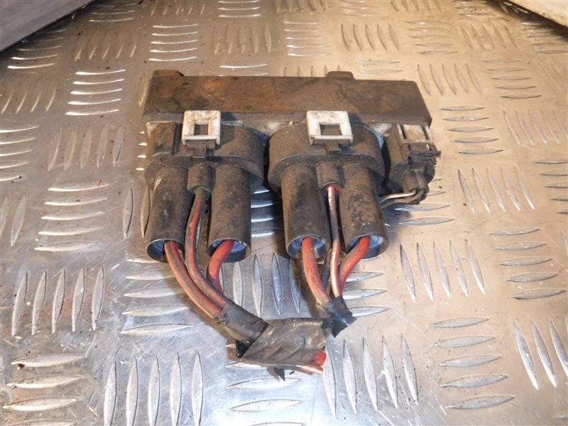 Реле включения вентиляторов Vw Transporter T4 7DB ACV 1996