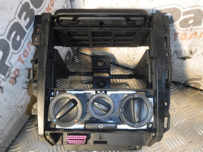 Центральная консоль Vw Golf 4 1J1 AKQ 1999