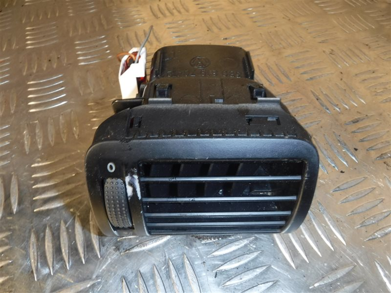 Дефлектор отопителя Vw Passat B5 3B6 ALT 2002 передний правый