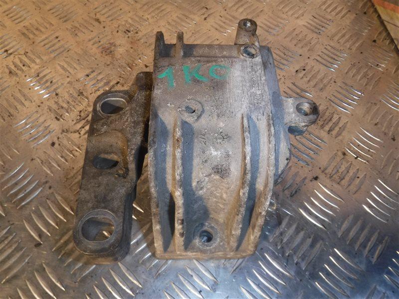 Опора двигателя Vw Golf 5 1K1 BSE 2005 правая