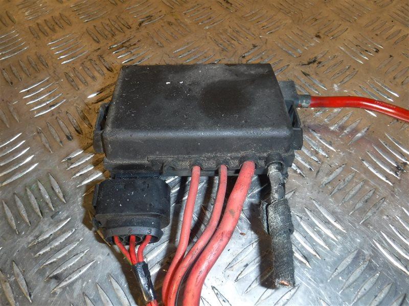 Блок предохранителей Vw Golf 4 1J1 AKL 2000