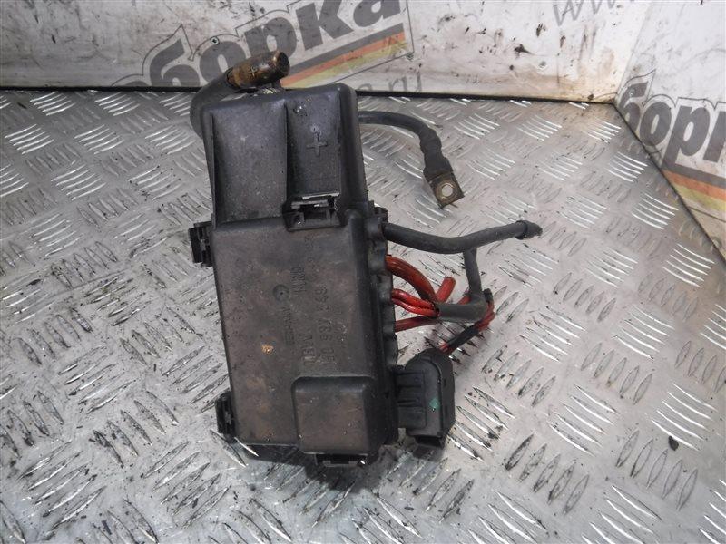 Блок предохранителей Vw Golf 4 1J1 AKQ 1999