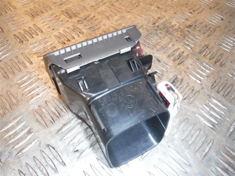 Дефлектор отопителя Vw Passat B5 3B5 ADR 1999 передний правый