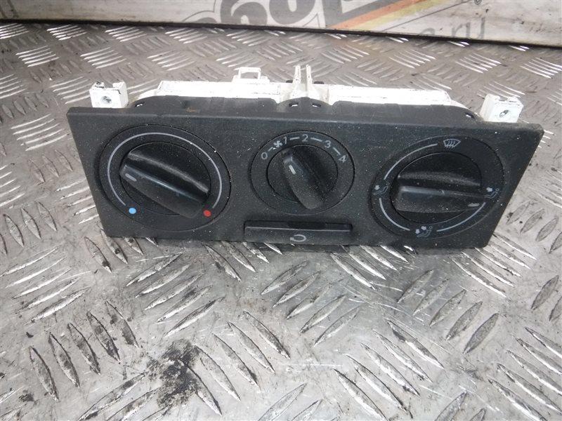 Блок управления отопителем Vw Golf 4 1J1 AKQ 1999