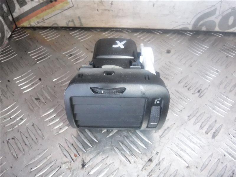 Дефлектор отопителя Vw Passat B5 3B5 AHL 1998 передний правый