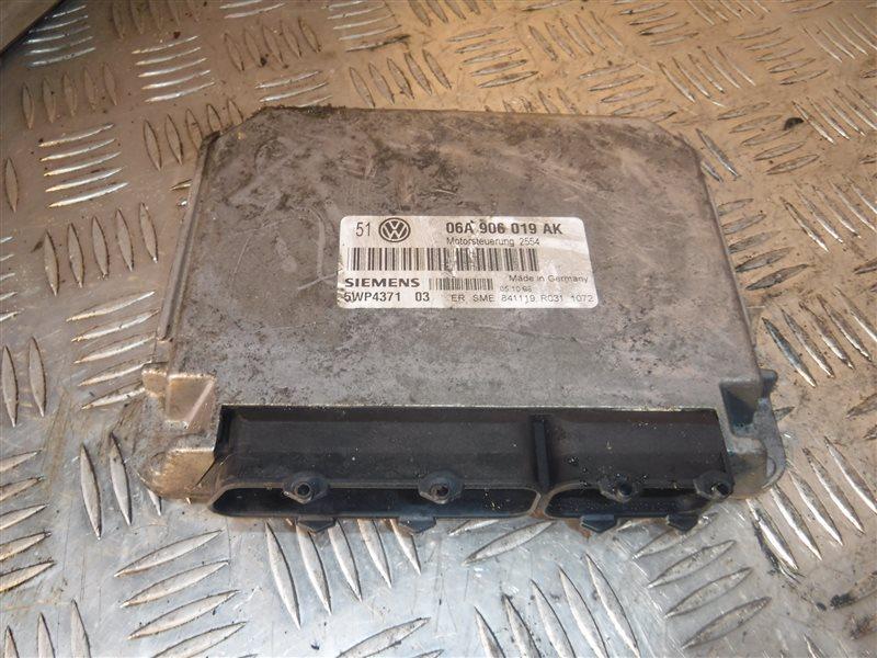 Блок управления двигателем эбу Vw Golf 4 1J1 AKL 1999