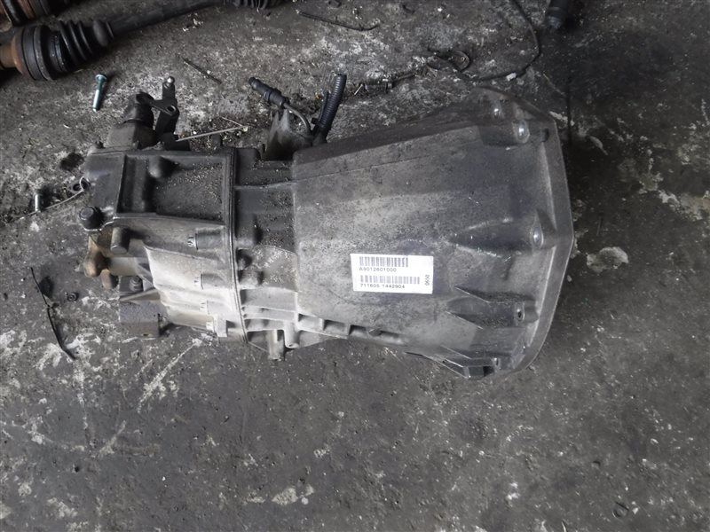 Коробка переключения передач мкпп Mercedes Sprinter 903 611.981 2001