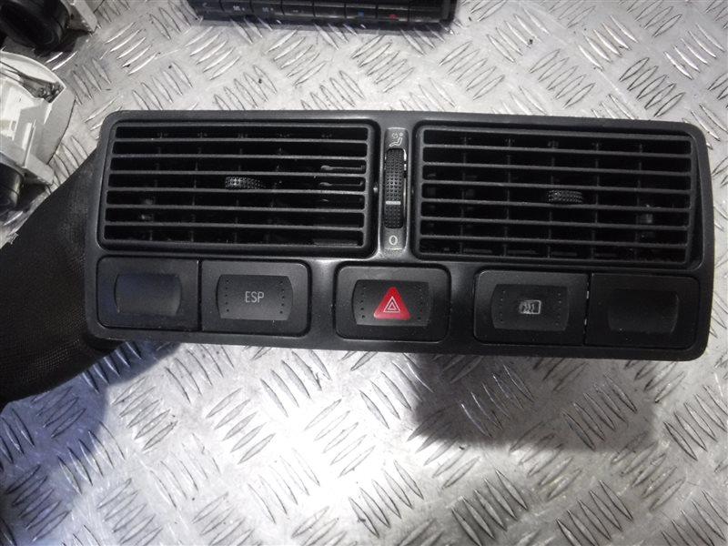 Дефлектор отопителя Vw Golf 4 1J1 AKQ 2000