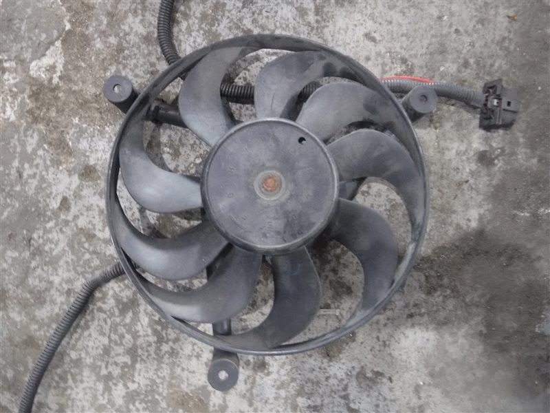 Вентилятор радиатора кондиционера Vw Golf 4 1J1 AKQ 1999