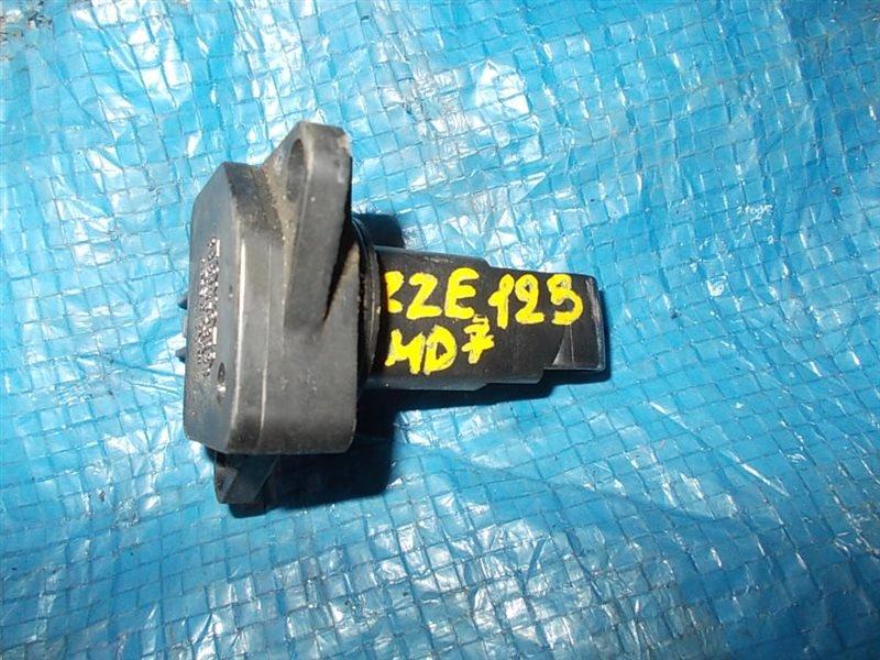 Расходомер воздушный Toyota Corolla Fielder ZZE123 2ZZ-GE 2001