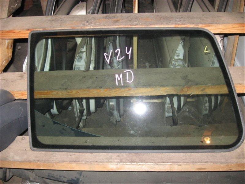 Стекло собачника Mitsubishi Pajero V26W 1993 заднее левое