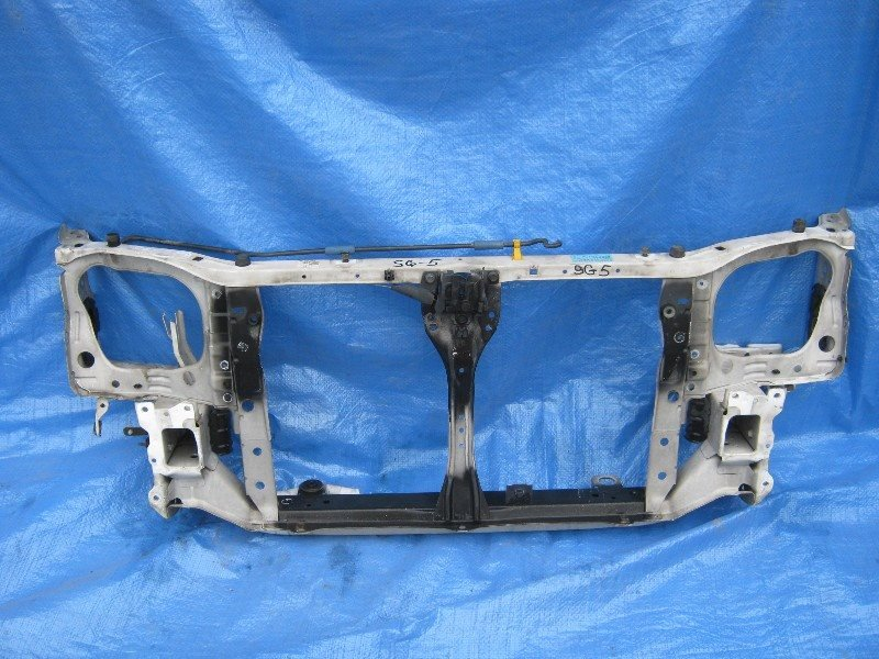 Рамка радиатора Subaru Forester SG5 2004