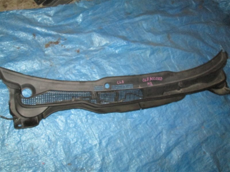 Решетка под лобовое стекло Honda Accord CL7 K20A 2003