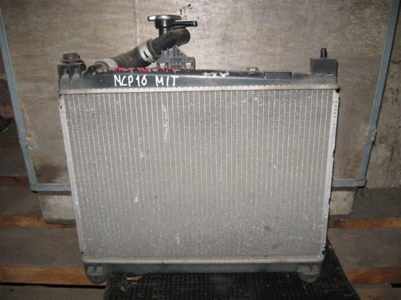 Радиатор двигателя Toyota Platz SCP11 2NZ-FE 1998