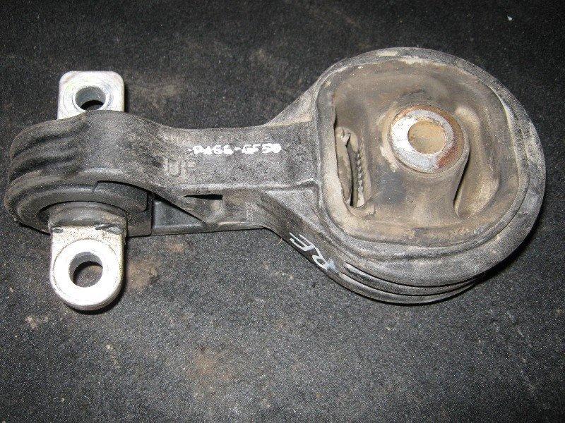 Подушка двигателя Honda Cr-V RE4 правая