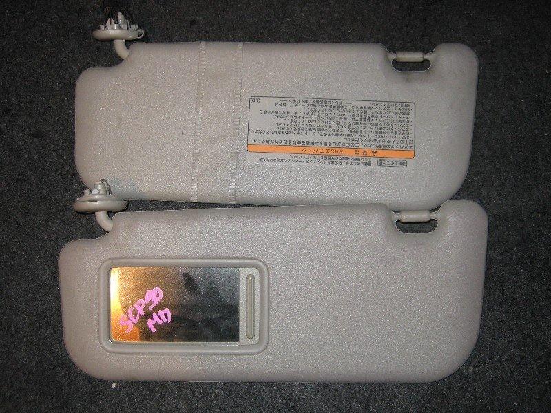 Козырек Toyota Vitz NCP95 1NZ-FE 2005