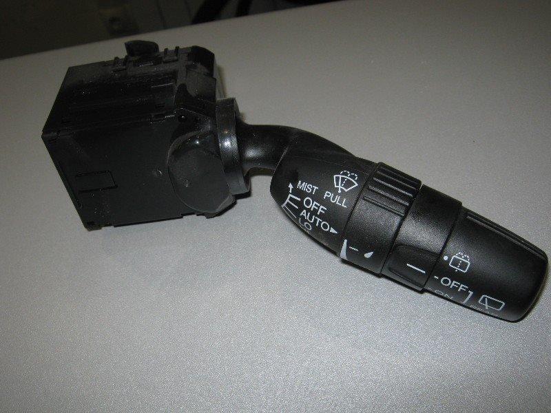 Переключатель стеклоочистителя Honda Cr-V RE4