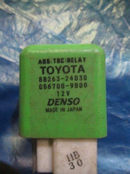 Реле Toyota Corona Premio ST210 3S-FE 1998