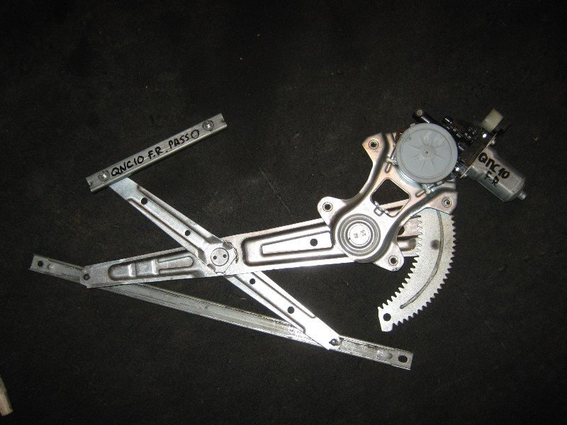 Стеклоподъемник Toyota Passo KGC10 2005 передний правый