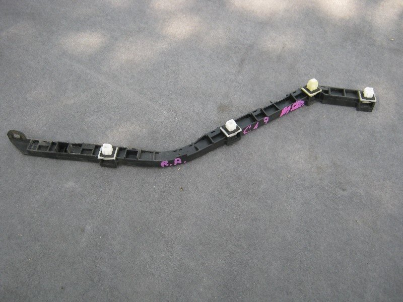 Клипса бампера Honda Accord CL7 K20A 2003 задняя правая