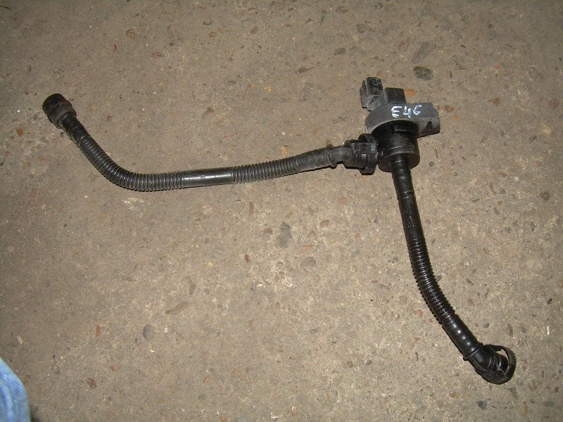 Клапан Bmw 318I E46 N42B20 2003