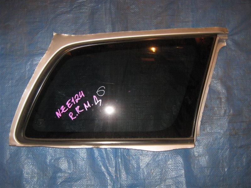 Стекло собачника Toyota Corolla Fielder NZE124 1NZ-FE 2001 заднее правое