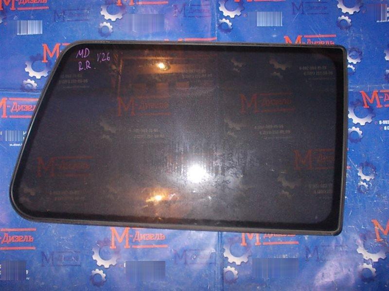 Стекло собачника Mitsubishi Pajero V26W 4M40-T 1996 заднее правое