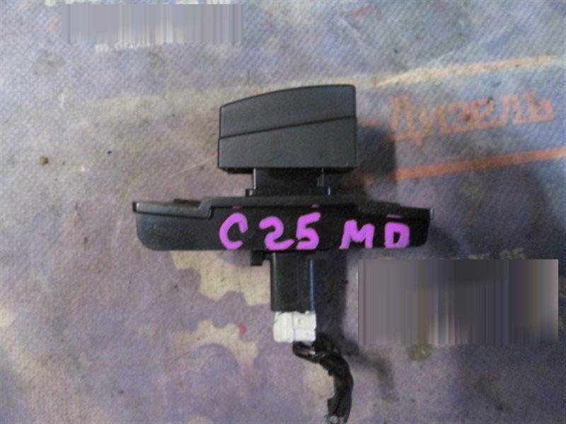 Кнопки в салон Nissan Serena C25 MR20DE 2008